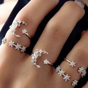 New!🌟5 Pcs Set Silver Crystal Star Flower Rings